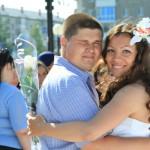 Невесты Серова устроили парад в День верности