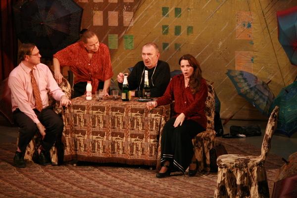 Известные актеры познакомили Серов с «Незамужней женщиной»