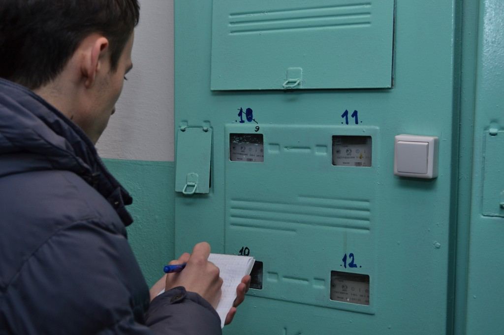 """работа по выявлению серовчан, незаконно использующих электроэнергию, будет продолжена. Фото: архив """"Глобуса""""."""