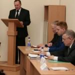 Депутаты продлили полномочия сити-менеджера Владимира Овчинникова