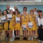 12-летние баскетболистки ДЮСШ стали вторыми на турнире в Лесном