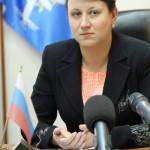 Елена Бердникова предложила на пресс-конференции с журналистами сразу перейти к вопросам. Фото Владислава Бурнашева.