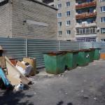 В Серове обустраиваются контейнерные площадки, а горожане недовольны тем, как убирают мусор с существующих