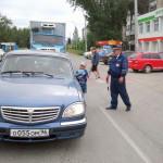 «Не отнимайте солнце у детей!» просили детсадовцы и инспекторы ГИБДД во время акции на дороге