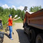 Серовская молодежь очистила берег водохранилища от мусора