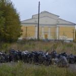 """В срок с 14 по 25 октября Серов должны очистить от мусора. Фото: архив газеты """"Глобус""""."""