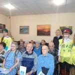 Юные инспекторы движения из Серова и воспитанники местного детского дома - школы выступили в Доме престарелых
