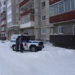 В Серове жильцы выгнали рабочих управляющей компании с крыши дома, когда те расчищали снег