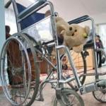Только по суду! Серовский райсуд обязал Фонд соцстраха предоставить девочке-инвалиду кресло-коляску