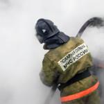 Начата проверка обстоятельств пожара в Серове, где пострадало четверо. О результатах ее - сообщим дополнительно. Фото: uralpolit.ru