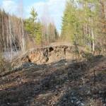 По  дороге на Первомайский: вода размыла насыпь.