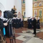 Внутри православного храма.