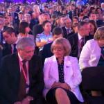 Людмила Бабушкина (в первом ряду), спикер ЗакСобрания, - в числе официальных лиц выставки. Позади нее, справа - Татьяна Мерзлякова, Уполномоченный по правам человека.