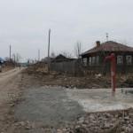 """Вокруг колонок обустроили удобные битонированые площадки и подходы к ним. Фото: Константин Бобылев, """"Глобус""""."""