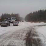 В снегопад в Серове произошло 12 ДТП, образовались 4 затора для проезда транспорта
