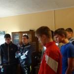 Полицейские устроили студентам Серова экскурсию по отделам полиции и... сыграли с ними в футбол