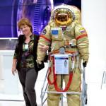Скафандр для работы в открытом космосе.