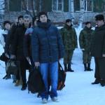 """очередная группа юношей (последняя в этом году) отправилась из Серова в армию. Фото: Константин Бобылев. """"Глобус""""."""