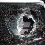 В Серове подростки повредили больше 10-ка авто. скучно было. По факту возбуждено уголовное дело. Все фото: полиция Серова.