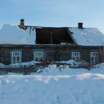 """А вот так сейчас выглядит дом № 15 улице Североколинской. Фото: Константин Бобылев, """"Глобус""""."""