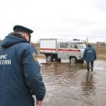 """В Серове не видят угрозы сильного паводка: в округе нет подтопленных населенных пунктов. Фото: 56-я пожарно-спасательная часть, архив """"Глобуса""""."""