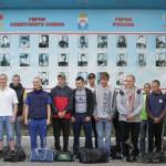 """Самая массовая отправка - 23 человека. Фото: Константин Бобылев, """"Глобус""""."""