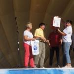 Специальным призом главы Серовского городского округа была отмечена семья Зыряновых. Им подарили термопот.
