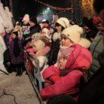 """Подавляющее большинство посетителей городка -- дети. Фото: Константин Бобылев, """"Глобус""""."""