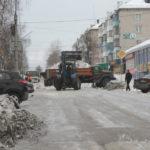 """Работы решили проводить в то время, когда люди едут на работу. Фото: Константин Бобылев, """"Глобус""""."""
