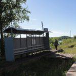 """Во время паводка самым чистым от воды местом на Урае остается железнодорожная станция. Фото: Константин Бобылев, """"Глобус""""."""