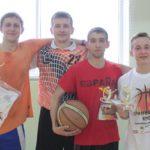 """Победители старшей возрастной группы юношей. Фото: Константин Бобылев, """"Глобус."""""""