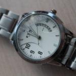 """Часы могут быть любые - электронные, песочные и так далее. Фото: Константин Бобылев, """"Глобус""""."""