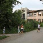 """В больничном городке на месте развалин появится новая детская поликлиника. Фото: архив """"Глобуса""""."""