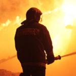 """Во время одного одного из пожаров пострадал человек. Фото: архив """"Глобуса""""."""