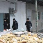 """На месте работает полиция. Фото: Константин Бобылев, """"Глобус""""."""