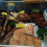 """Рыба по-фински """"кала"""", лосось или семга - """"лохи"""". И калы и лохи на местном рынке - пробовать не перепробовать. Фото: Екатерина Баязитова, """"Глобус"""""""