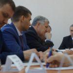 В кадре Павел Поташный и Юрий Герасименко. руководитель УГЗ