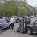 В Серове столкнулись три автомобиля. Фото: ГИБДД Серова.