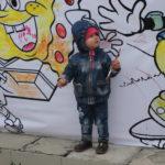 """Малышам очень понравилось раскрашивать мультипликационных героев. Фото: Мария Чекарова,""""Глобус""""."""