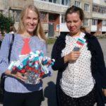 В День государственного флага в поселке Энергетиков прошел флешмоб. Все фото предоставлены библиотекой № 7.